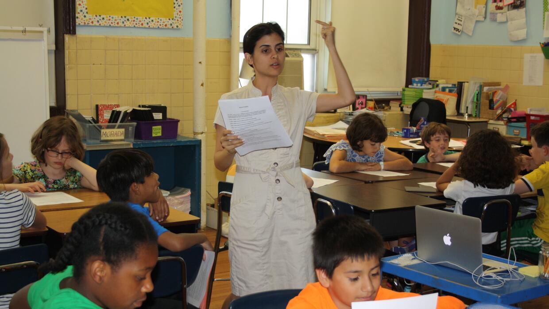 La Escuela Bilingüe Oyster-Adams tiene el programa bilingüe más antiguo...