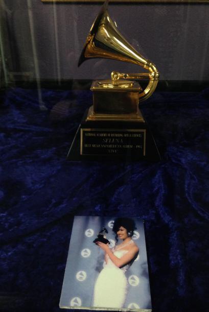 Espectaculares recuerdos en el Museo de Selena