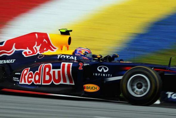 Vettel promedió una velocidad de 190,700 kilómetros por ho...