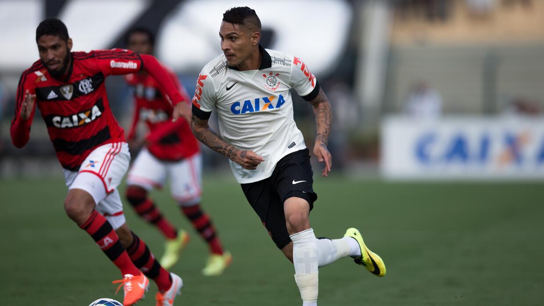El crack peruano dejó al Corinthians para fichar con Flamengo.