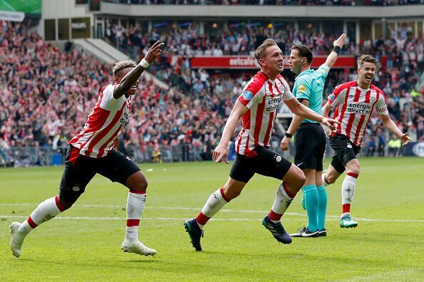 En fotos: Hirving Lozano es campeón de la Eredivisie con el PSV luuk-de-...