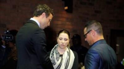 El atleta sudafricano Oscar Pistorius quiso reunirse con la familia de s...