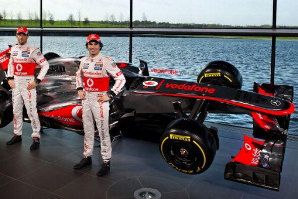La escudería McLaren de Fórmula 1 desveló en su centro de Woking, su nue...
