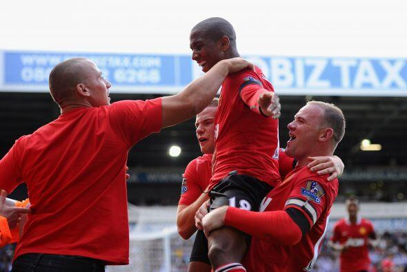 De este modo el Man-United se impuso por 2-1 en su primer juego del torn...