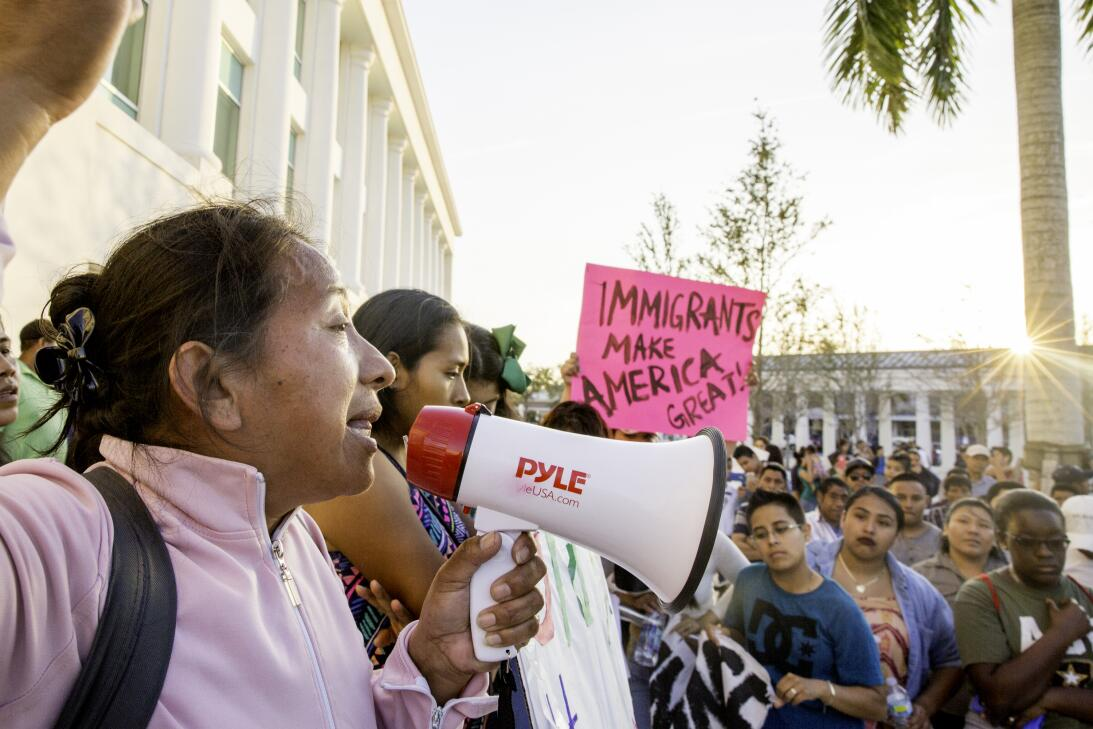 Lucía Quiej, una inmigrante indocumentada guatemalteca que cría sola a s...