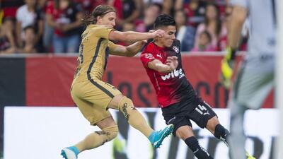 Entretenido empate entre Atlas y Pumas