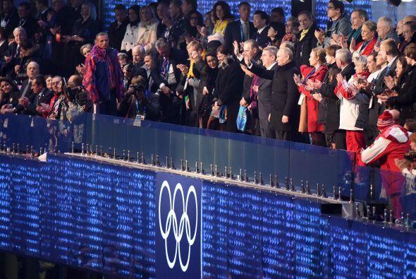 En las tribunas del estadio Fisht estaban junto a Putin líderes importan...