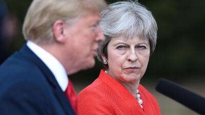 """Trump sacude la 'relación especial' con Reino Unido: primero ataca a May y luego dice que eso son """"noticias falsas"""""""