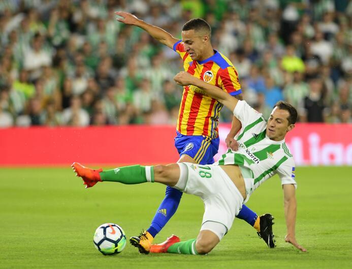Sabado 25 de noviembre - 12:30 p.m. / Real Betis Vs. Girona: luego de la...