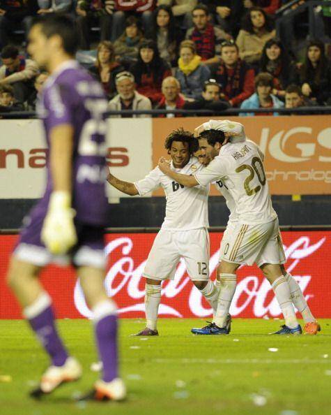 Higuaín metió 'doblete' y así los de Mourinho acarician el título.
