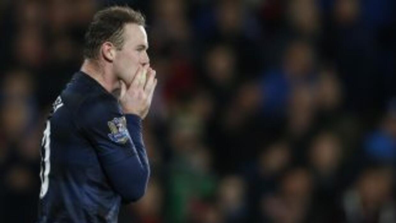 Ni el gol de Rooney bastó para que el United se llevara los tres puntos...