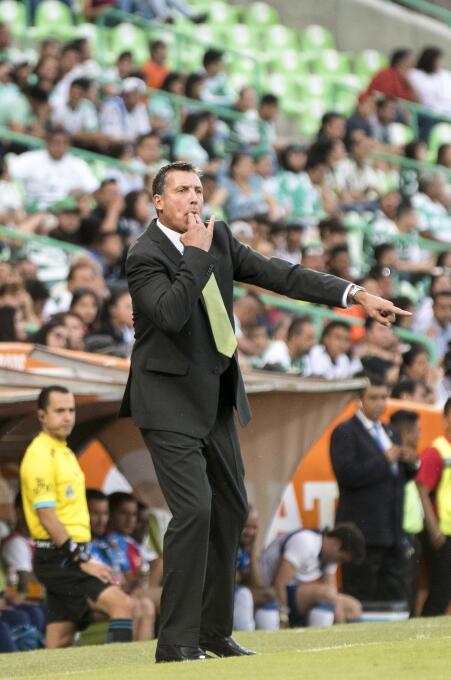 Santos y Puebla empatan sin goles ni emociones robert-siboldi-dt-de-sant...