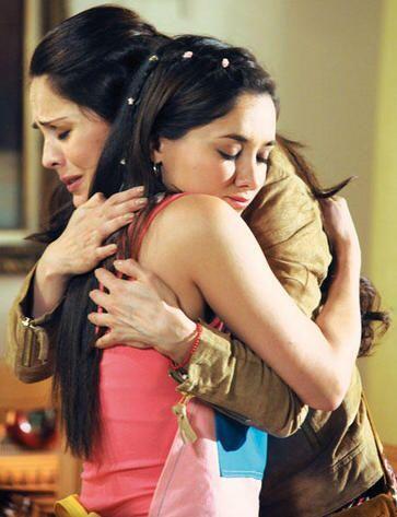 """Natalia Esperón y Sherlyn eran igualitas en """"Amores Verdaderos""""."""