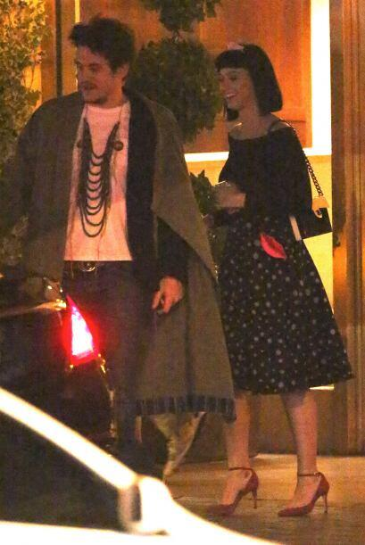 Katy Perry celebró el Día de San Valentín junto a su novio John Mayer. A...