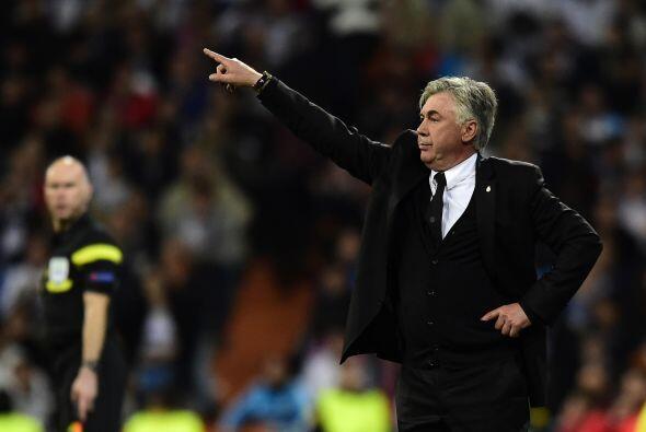 Carlo Ancelotti lanzó un planteamiento conservador al campo, en busca de...
