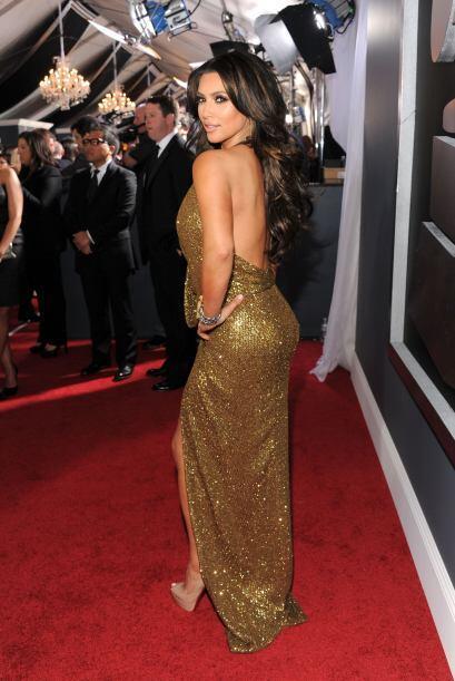 Pobre Kim... seguro extraña verse como Christina Aguilera.