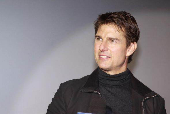 27. Tom Cruise  Ganancias netas: $35 millones.  Presencia en radio y tv:...