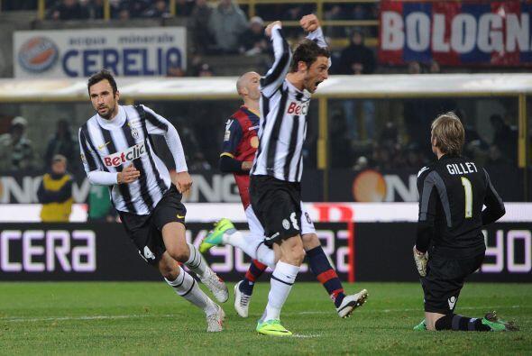 Vucinic puso el 1 a 1 y tranquilizó las cosas para una Juventus que nece...