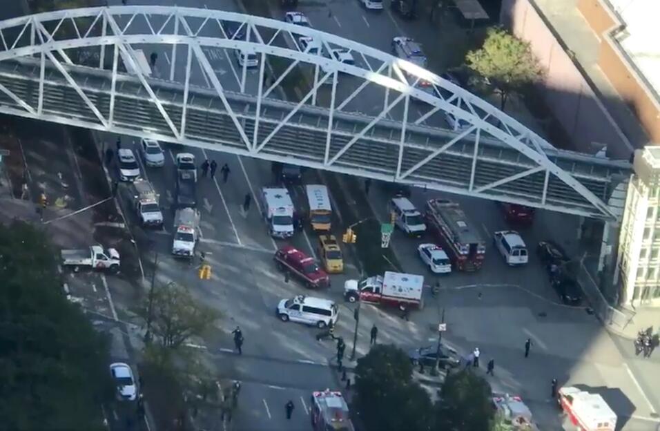 Vista aerea de uno de los vehículos implicados en el incidente.