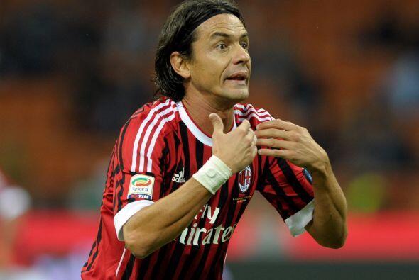 El delantero Filippo Inzaghi ya cumplió con su ciclo en el Milan y los '...