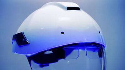 Este casco inteligente pretende ayudar a los trabajadores a hacer un mej...