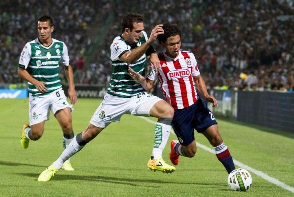 El primer tiempo entre Santos y Chivas estuvo entretenido ya qeu ambos g...