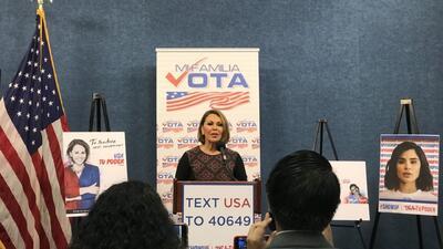 'Mi familia vota', la campaña que busca aumentar el voto latino en las elecciones de medio término