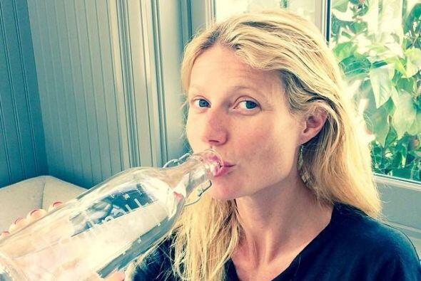 Gwyneth Paltrow también confía en su belleza.