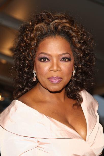 La presentadora Oprah Winfrey ocupa el cuarto lugar con una fortuna de 8...