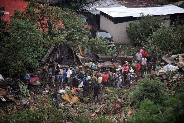 En tanto Nicaragua fue la primera nación en ofrecer ayuda a Costa...