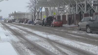 Poderosa tormenta invernal que azota EEUU provoca caos entre millones de viajeros