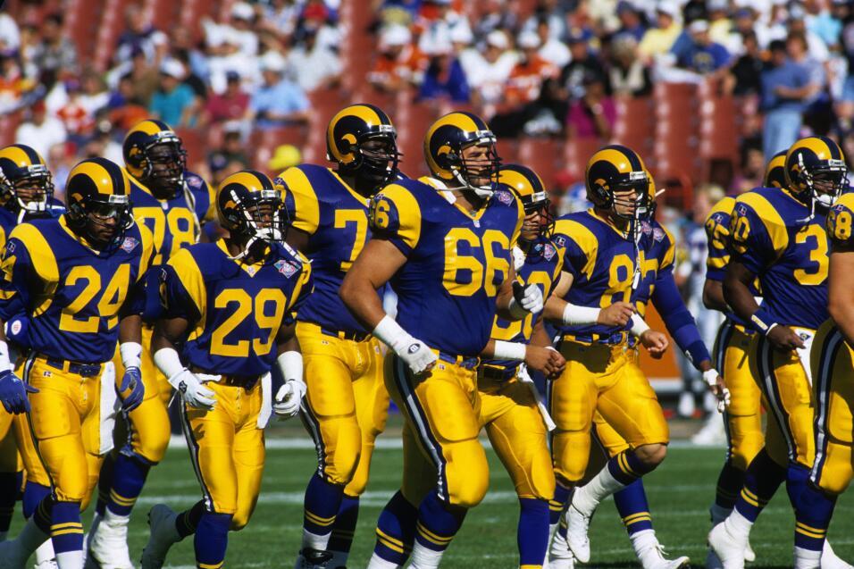 Los Angeles Rams en un encuentro de su última temporada en L.A. (1994)