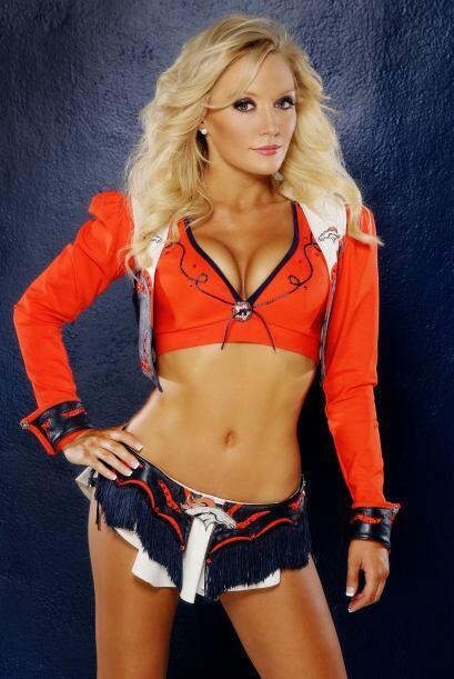 Heather irá al Pro Bowl 2014 en Hawaii representando a las porristas de...