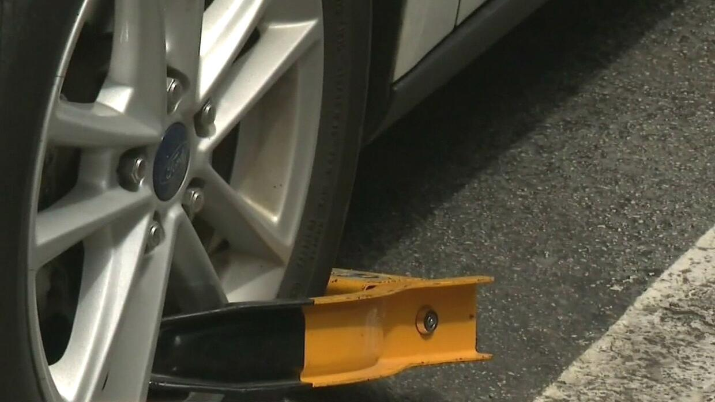 Autoridades de Miami planean cambiar la ley para evitar fraudes con bota...