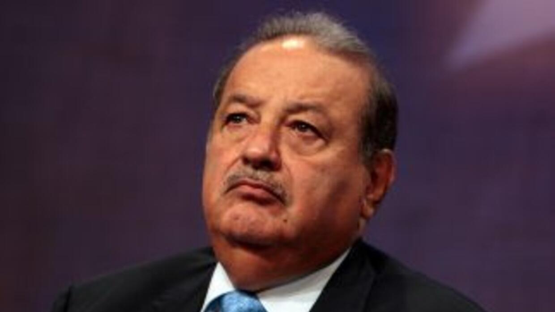 América Móvil, de Carlos Slim, anunció la compra de todas las acciones d...