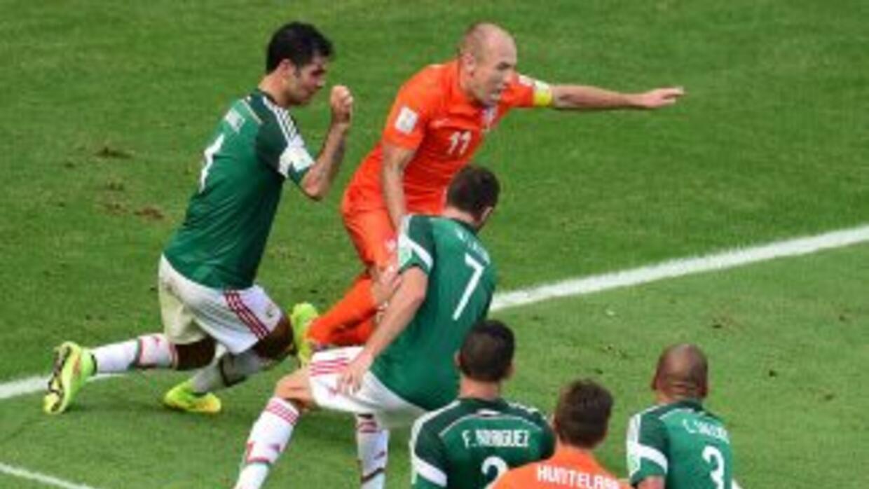 Robben ha sido duramente críticado en medios internacionales.