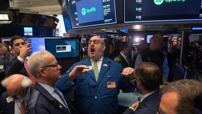 La Bolsa de Nueva York cierra su peor día de la semana por temores de una guerra comercial entre China y EEUU