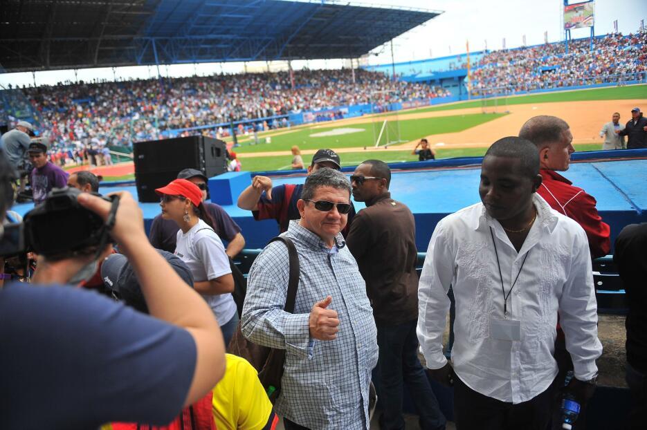 Playball: guerrilleros de las FARC en el partido Tampa Bay-Cuba farccuba...