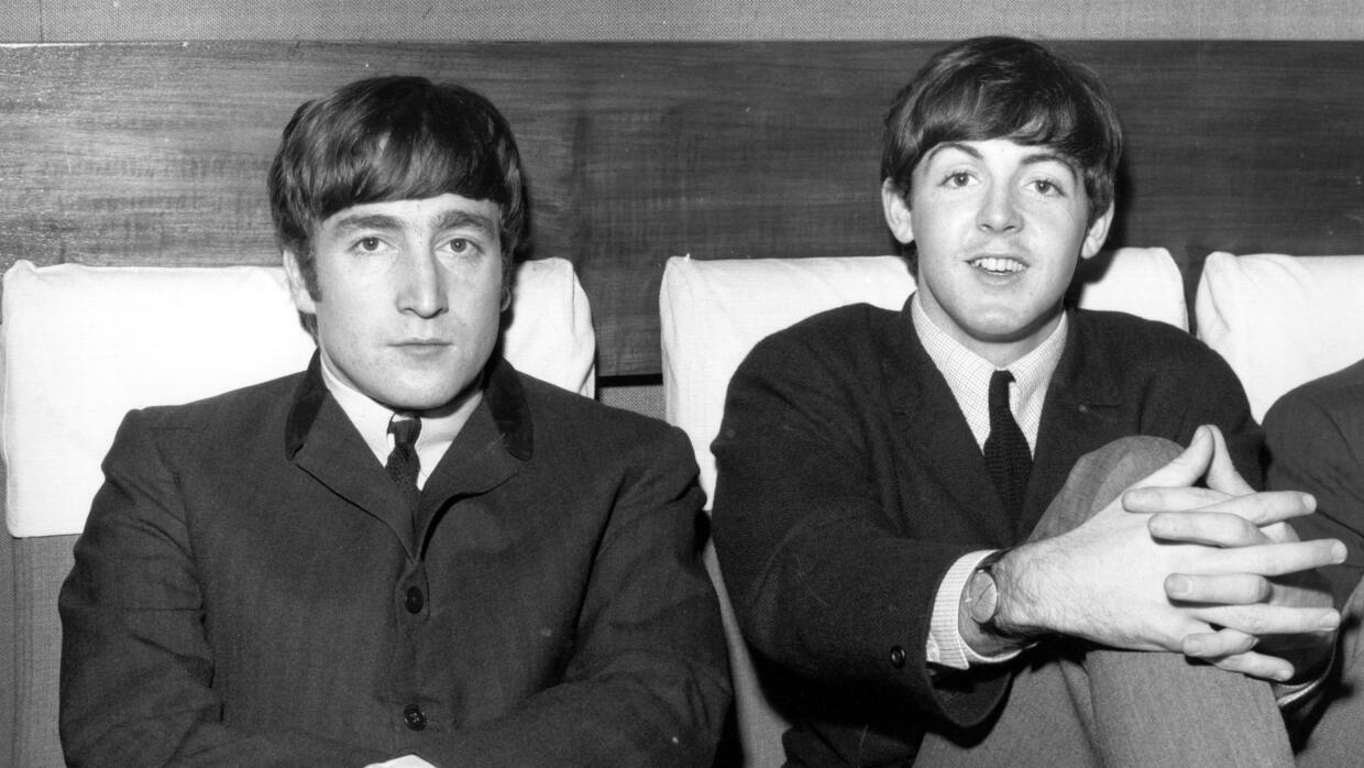 1st November 1963: Two members of Liverpudlian pop group The Beatles, Jo...