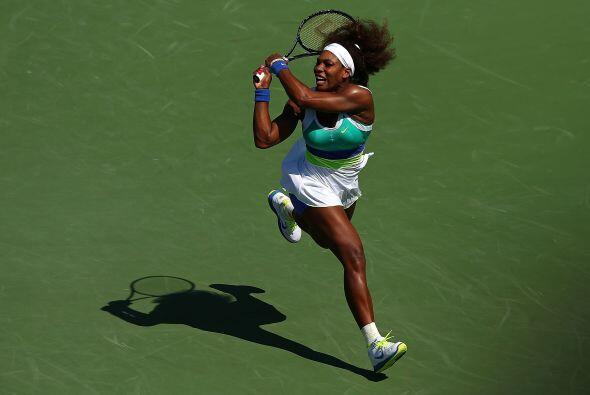 Serena logró esquivar la segunda ronda con un triunfo de 6-1, 6-1 sobre...