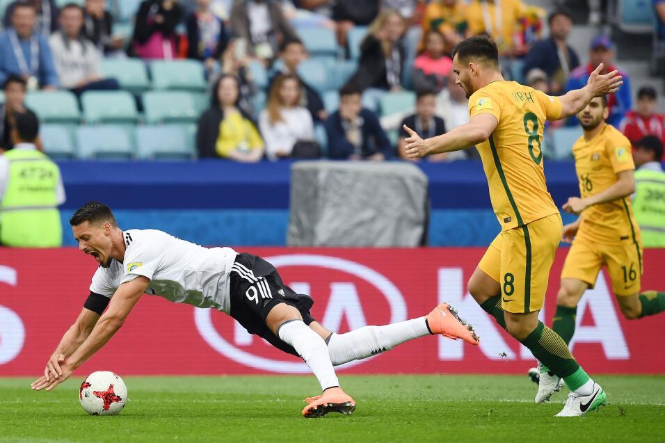 Alemania sufre, pero vence a una aguerrida Australia GettyImages-6976768...
