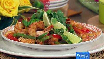 Receta de fajitas de camarones tricolor en La Cocina de Karla