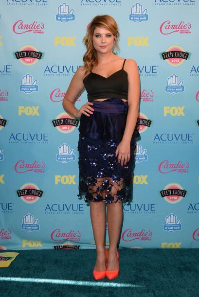 "Ashley Benson de ""Pretty Little Liars"" en la sala de prensa. Mira aquí l..."
