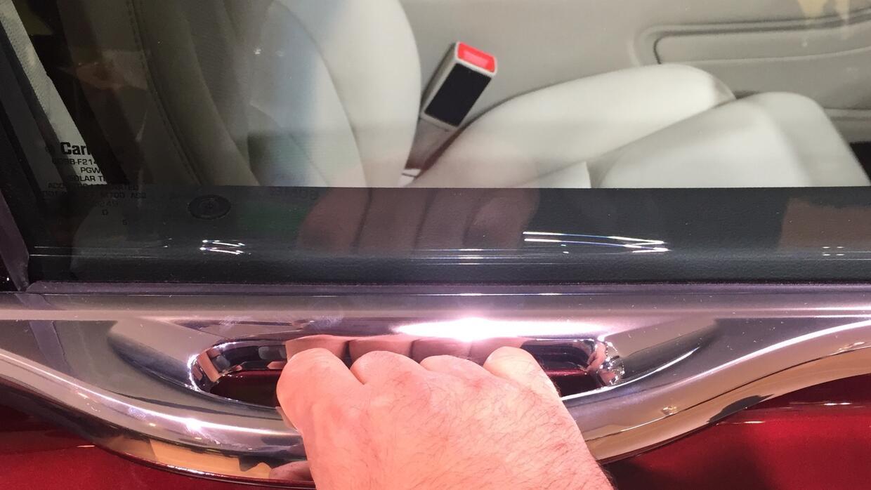 Detalle de la manilla del Lincoln Continental 2017