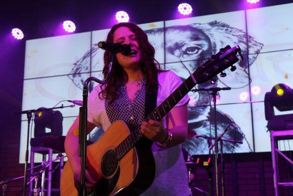 Fotografías tomadas durante el concierto de Jesse & Joy, efectuado el 8...