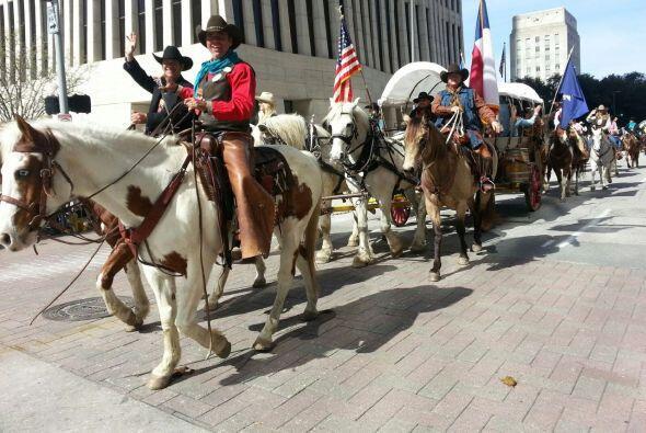Los eventos para dar inicio al Rodeo estuvieron espectaculares y tenemos...