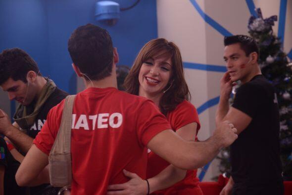 Mateo se despidió de Laura. Los participantes hicieron las paces...