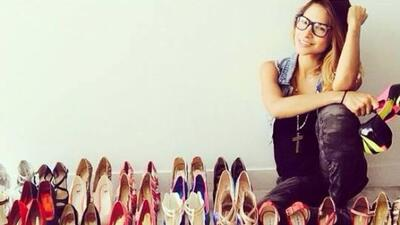 Alejandra Espinoza quiere que la dejes sin zapatos.