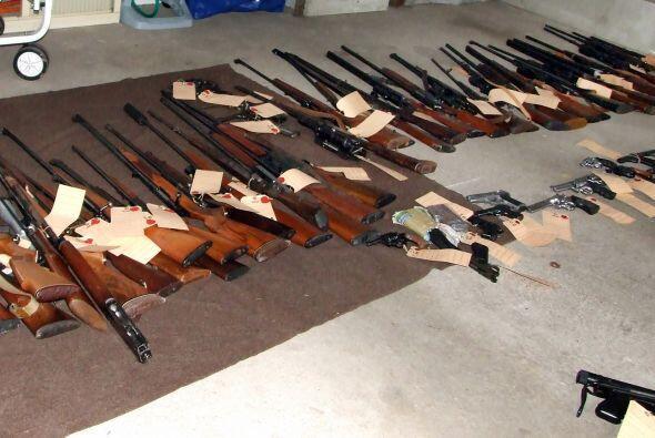Junio de 2003  Un grupo de 13 miembros de la red de Virginia Jihad fuero...