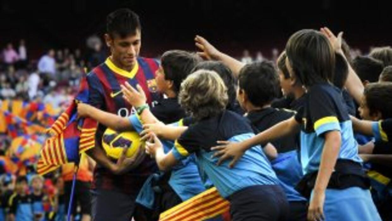 Todas las miradas estarán sobre Neymar a la espera de que logre justific...